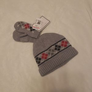 NWT Beanie with matching mittens